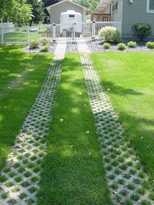 Classy Garden Path And Walkway Design And Remodel Ideas 26