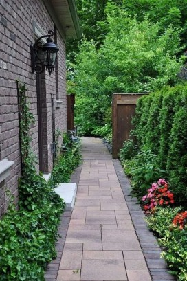 Classy Garden Path And Walkway Design And Remodel Ideas 34