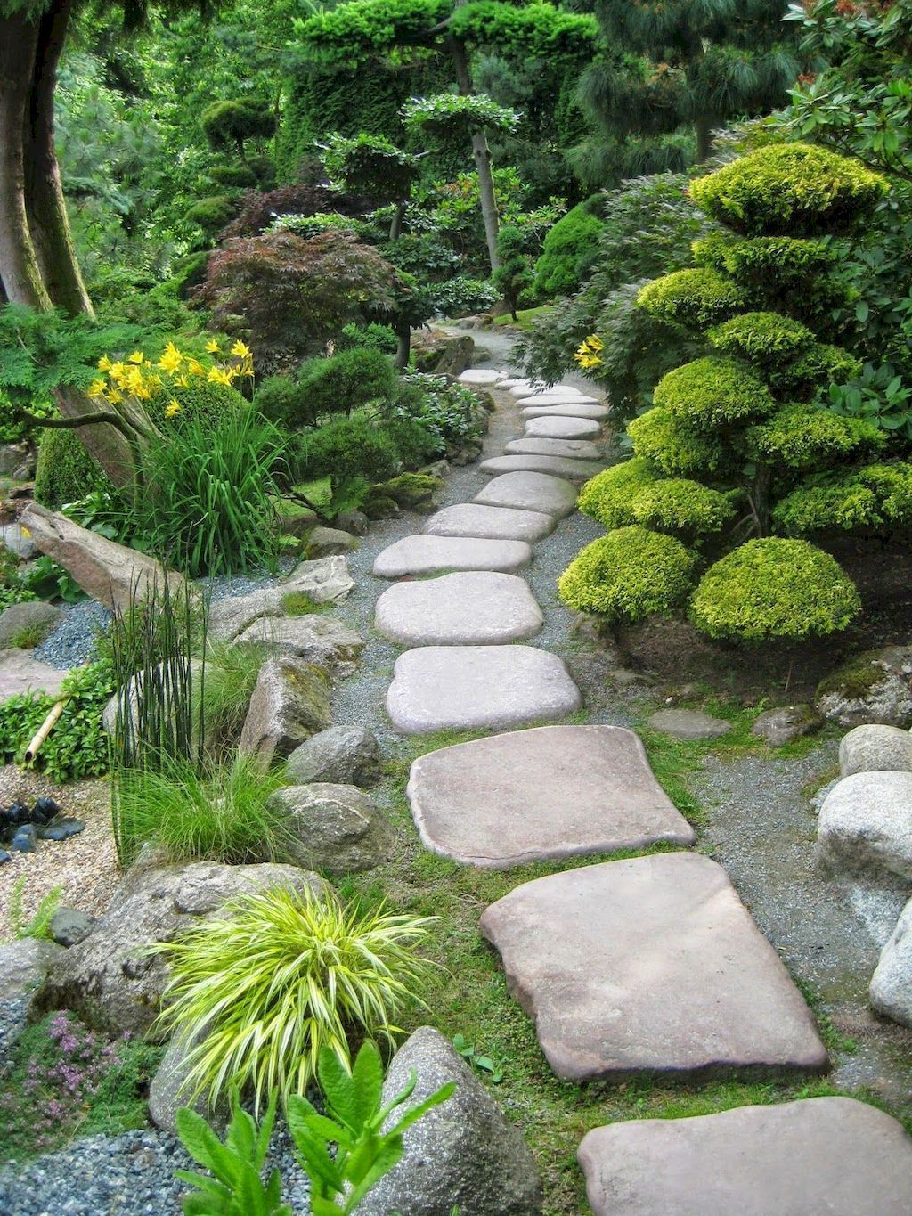 Classy Garden Path And Walkway Design And Remodel Ideas 39