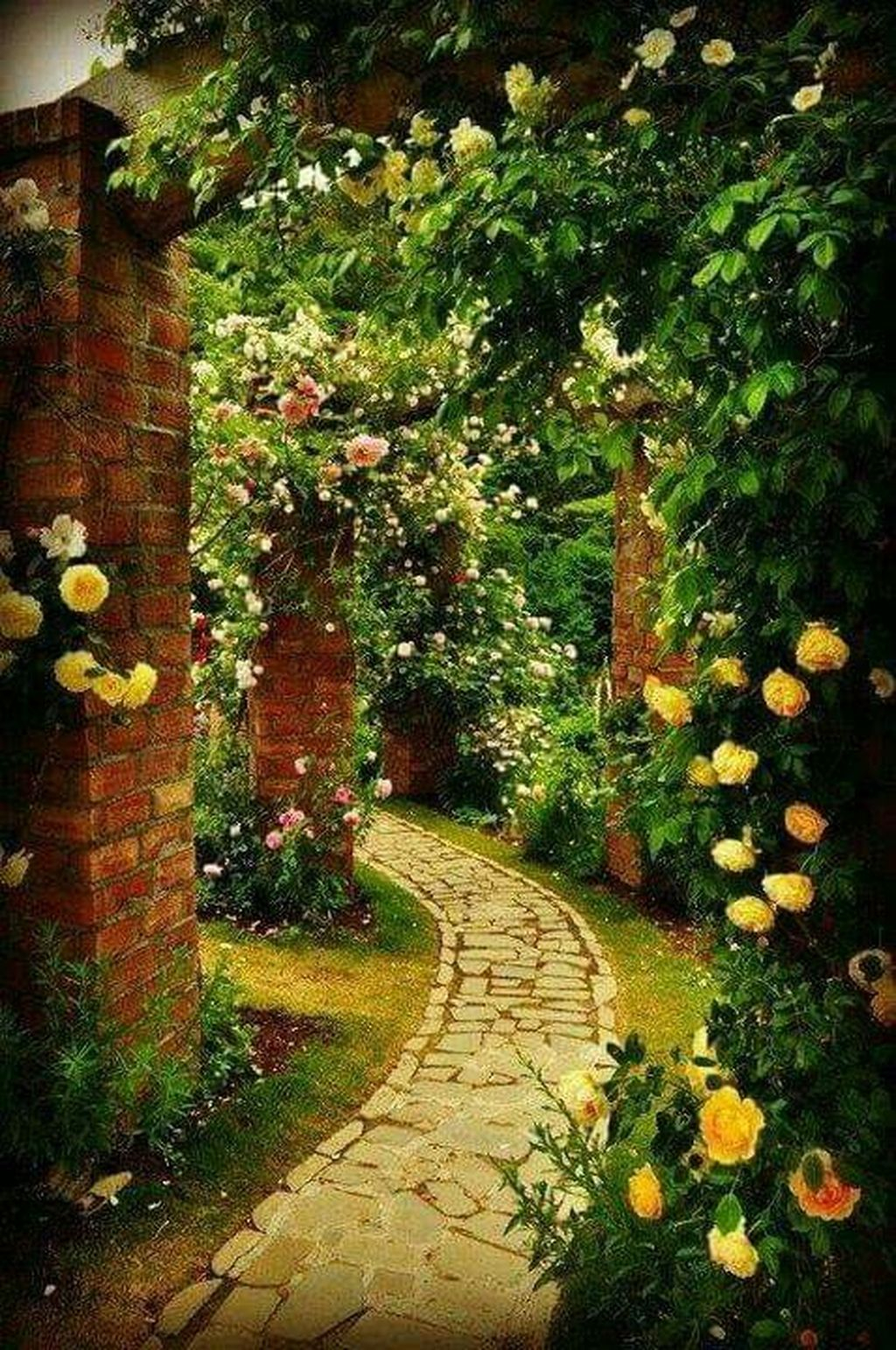 Classy Garden Path And Walkway Design And Remodel Ideas 43