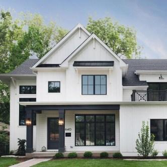Incredible Farmhouse Exterior Design Ideas To Try 13