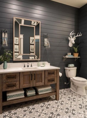 Inspiring Bathroom Decor Ideas With Turquoise Color To Consider 37