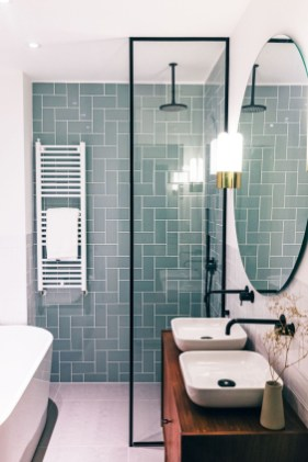 Inspiring Bathroom Decor Ideas With Turquoise Color To Consider 43