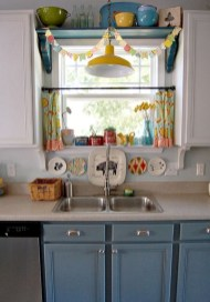 Magnificient Kitchen Cabinet Curtain Ideas To Look Stunning 38