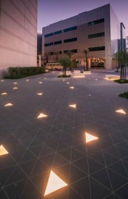 Marvelous Garden Lighting Design Ideas 33
