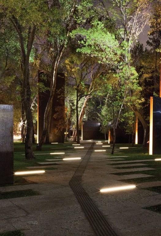 Marvelous Garden Lighting Design Ideas 44