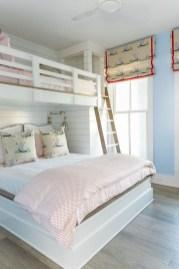 Perfect Coastal Bedroom Decorating Ideas To Apply Asap 05
