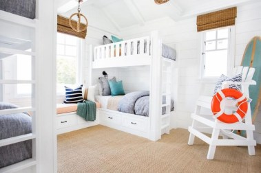 Perfect Coastal Bedroom Decorating Ideas To Apply Asap 25