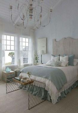 Perfect Coastal Bedroom Decorating Ideas To Apply Asap 28