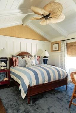 Perfect Coastal Bedroom Decorating Ideas To Apply Asap 52