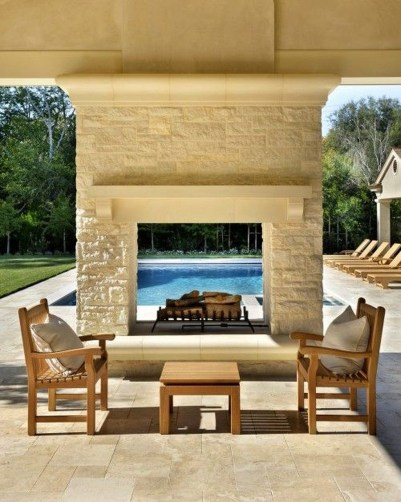 Pretty Seating Area Ideas With Outside Fireplace 08
