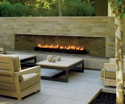 Pretty Seating Area Ideas With Outside Fireplace 32