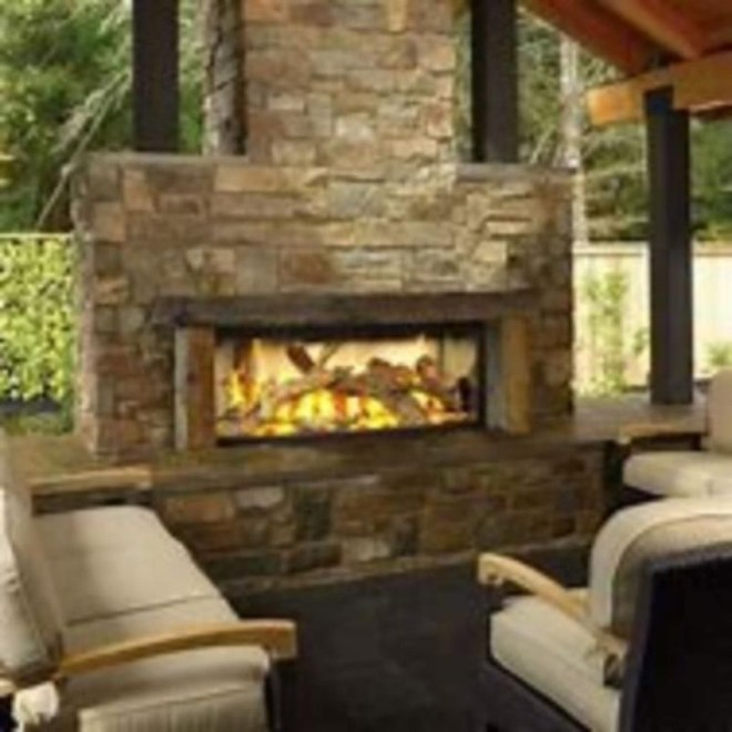 Pretty Seating Area Ideas With Outside Fireplace 35