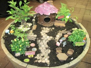 Stunning Diy Fairy Garden Design Ideas To Try This Year 52