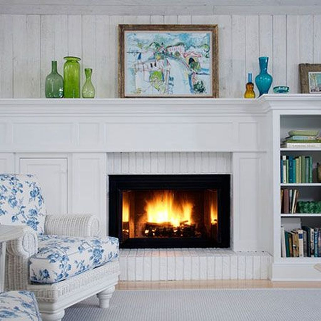 Admiring Fireplace Décor Ideas For Cottage To Try 02