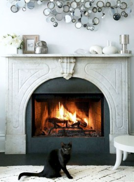 Admiring Fireplace Décor Ideas For Cottage To Try 35