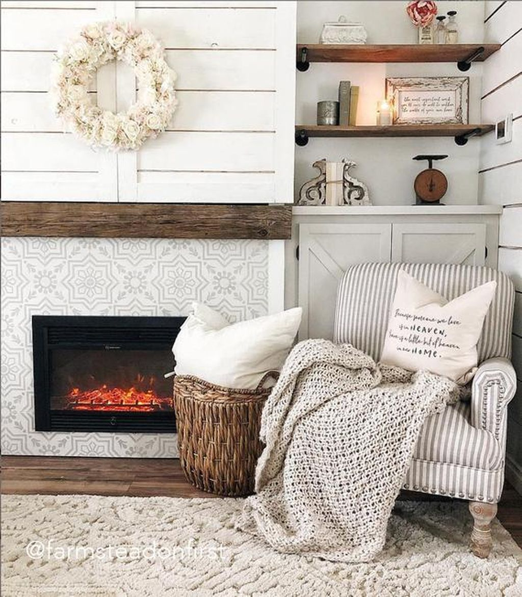Admiring Fireplace Décor Ideas For Cottage To Try 40