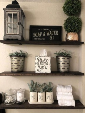 Adorable Farmhouse Bathroom Decor Ideas That Looks Cool 40