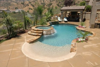 Amazing Swimming Pools Design Ideas For Small Backyards 48