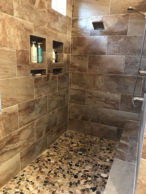 Astonishing Farmhouse Shower Tile Decor Ideas To Try 46