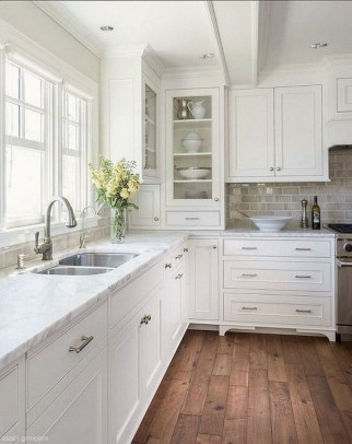 Comfy White Kitchen Cabinets Design Ideas To Try 36