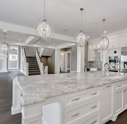 Comfy White Kitchen Cabinets Design Ideas To Try 37