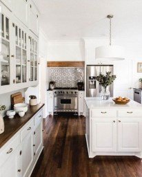 Comfy White Kitchen Cabinets Design Ideas To Try 41