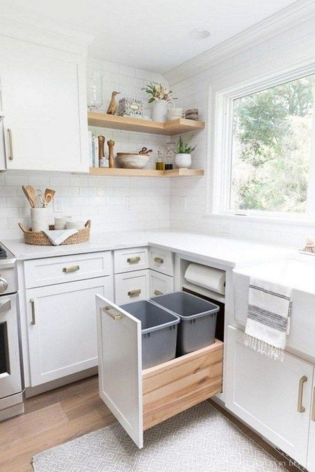 Comfy White Kitchen Cabinets Design Ideas To Try 48