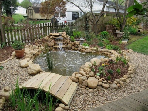 Cool Fish Pond Garden Landscaping Ideas For Backyard 38