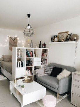 Cozy Suite Room Apartment Decorating Ideas To Try 24