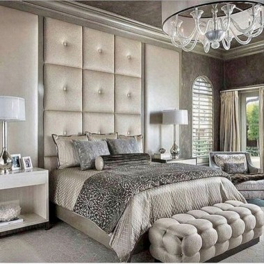 Fancy Champagne Bedroom Design Ideas To Try 17