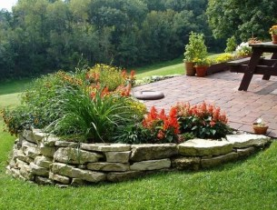 Modern Flower Beds Rocks Ideas For Front House To Try 02