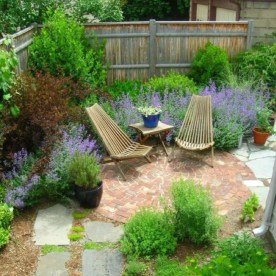 Amazing Design For Tiny Yard Garden 29