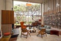 Comfortable And Modern Mid Century Living Room Design Ideas 29