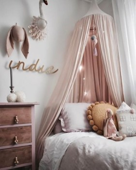 Cute And Girly Pink Bedroom Design For Your Home 09
