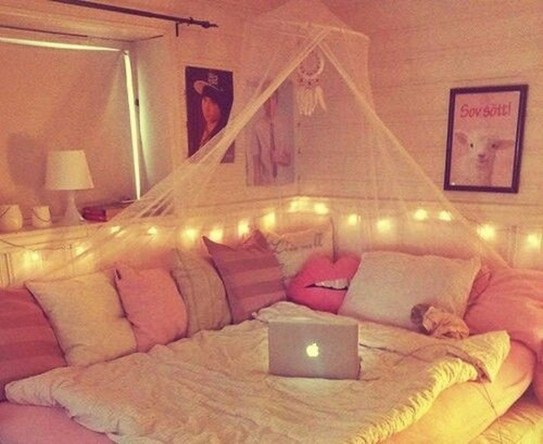 Cute And Girly Pink Bedroom Design For Your Home 17
