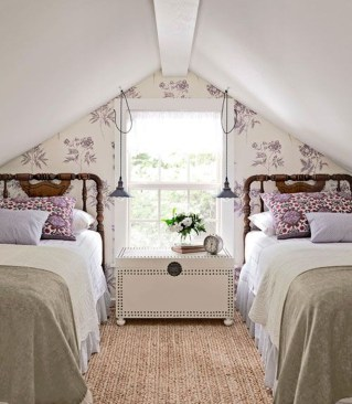 Elegant Small Attic Bedroom For Your Home 37
