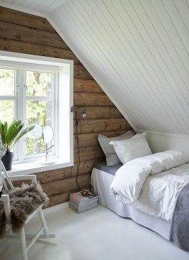 Elegant Small Attic Bedroom For Your Home 39