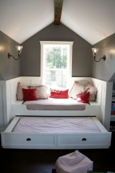Elegant Small Attic Bedroom For Your Home 43