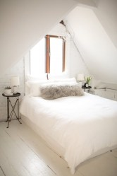 Elegant Small Attic Bedroom For Your Home 44