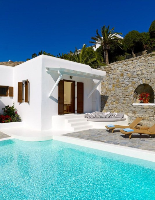 Gorgeous Mediterranean Swimming Pool Designs Out Of Your Dream 10