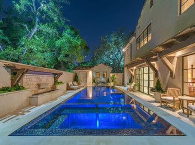 Gorgeous Mediterranean Swimming Pool Designs Out Of Your Dream 32