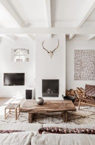 Gorgeous Scandinavian Living Room Design Ideas 22
