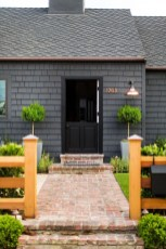 Modern Homes Decorating With Black Exteriors 18