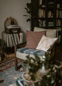 Stunning Bohemian Living Room Design Ideas 22