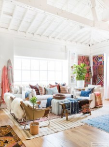 Stunning Bohemian Living Room Design Ideas 23