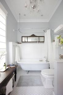 Beautiful Classic Bathroom Design Ideas 02