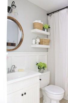 Beautiful Classic Bathroom Design Ideas 29