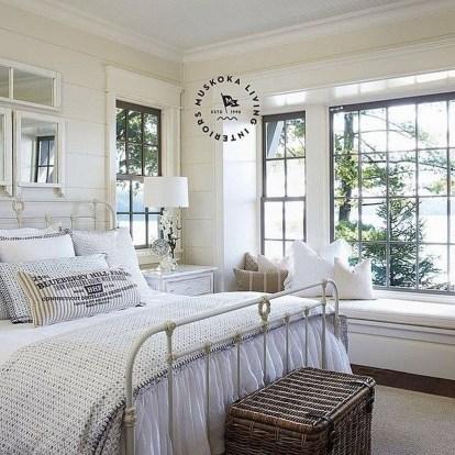 Comfortable Lake Bedroom Design Ideas 01