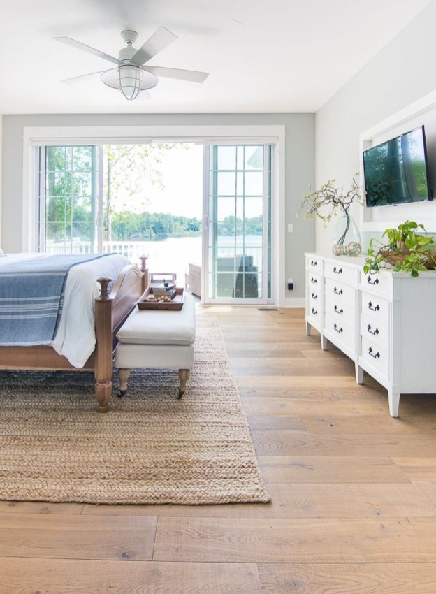 Comfortable Lake Bedroom Design Ideas 09